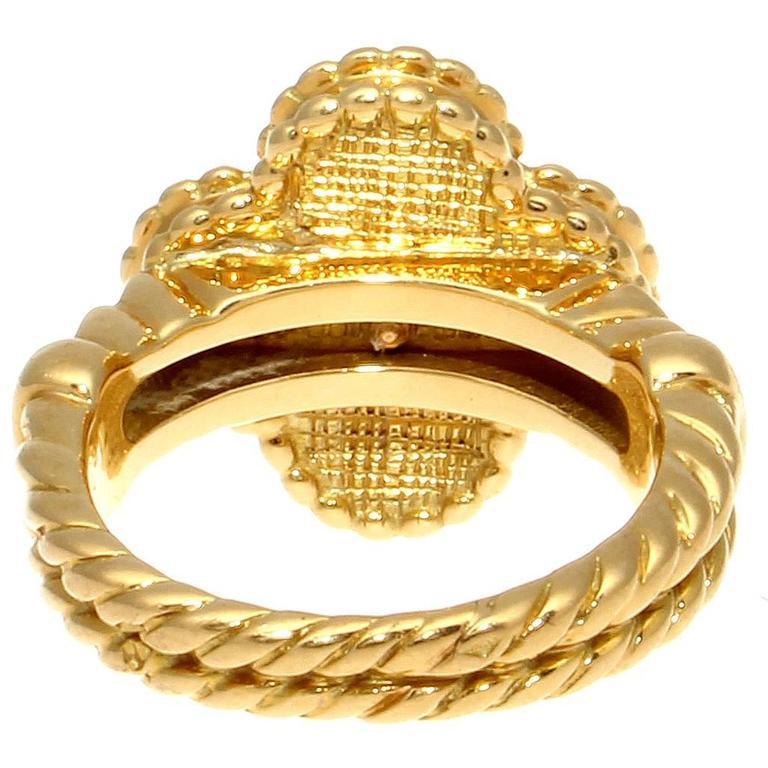 Women's Van Cleef & Arpels Alhambra Onyx Diamond Gold Ring For Sale