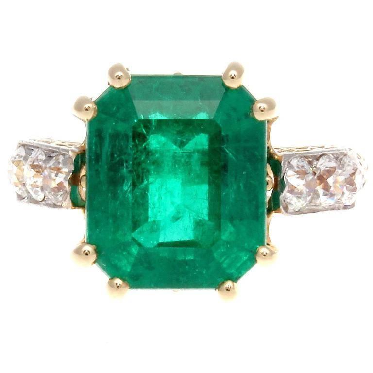 Retro 5 Carat Colombian Emerald Diamond Gold Ring