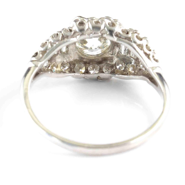 Art Deco Diamond Platinum Engagement Ring In Excellent Condition For Sale In Beverly Hills, CA