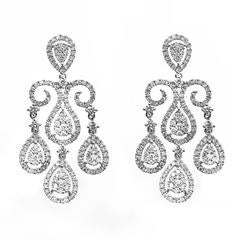 2.65 Carats Diamonds Gold Chandelier Earrings
