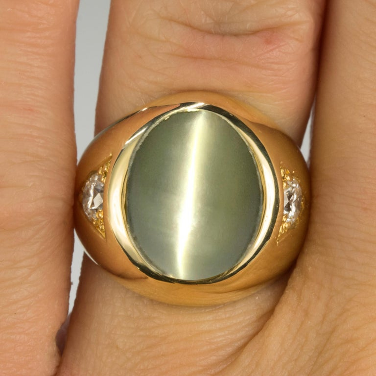 Magnificent Black Starr & Frost Cats Eye Chrysoberyl Gold Ring In Excellent Condition For Sale In Sarasota, FL