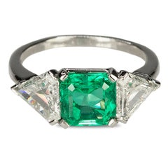 Art Deco Ring with AGL Certified Colombian Emerald