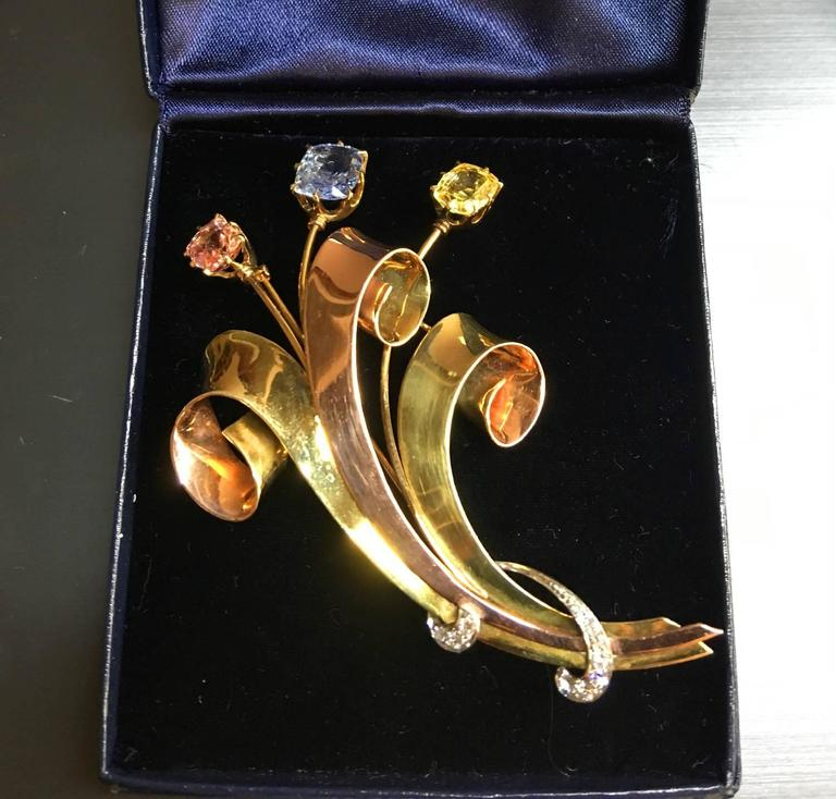 Women's or Men's Tiffany & Co. Retro Sapphire Diamond Gold Brooch For Sale