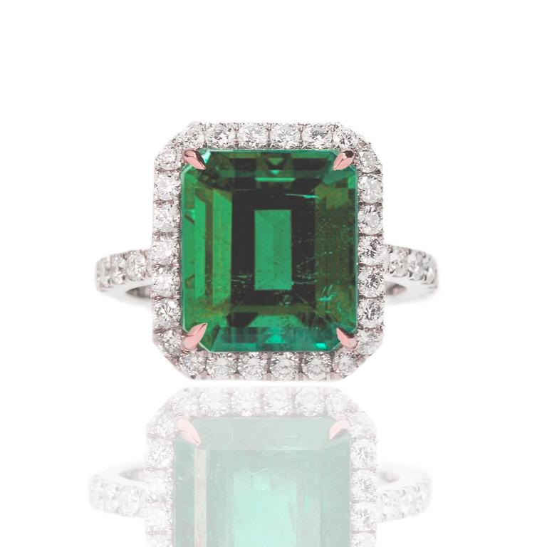 AGL Certified Colombian Emerald Gold Ring For Sale 1