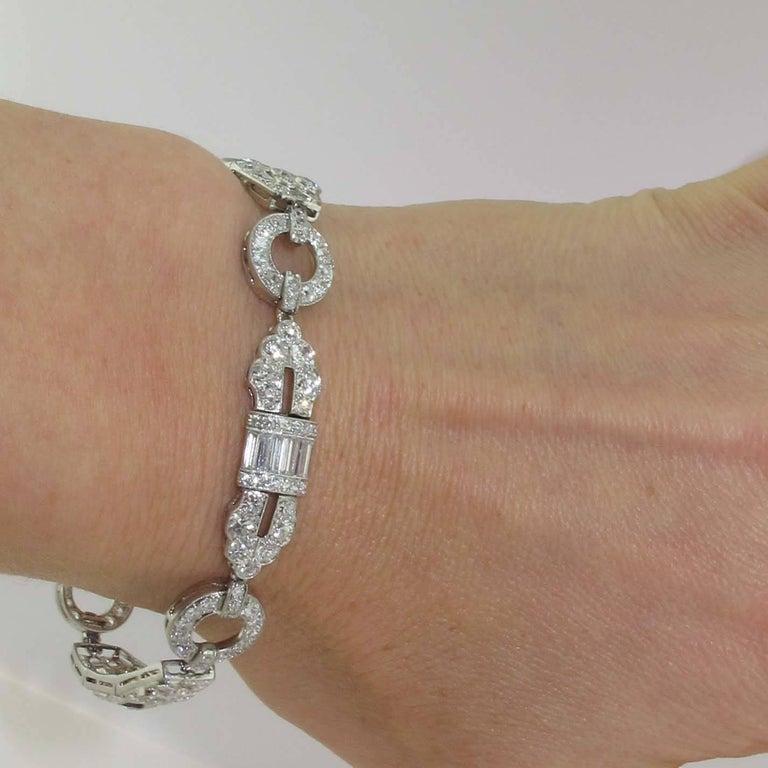 Women's 1920s Art Deco Diamond and Platinum Bracelet For Sale