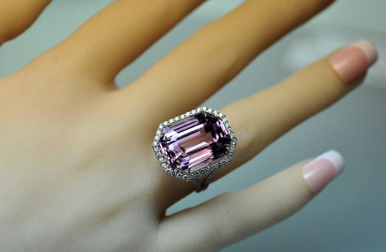 25.50 Carat Kunzite Diamond White Gold Ring 2