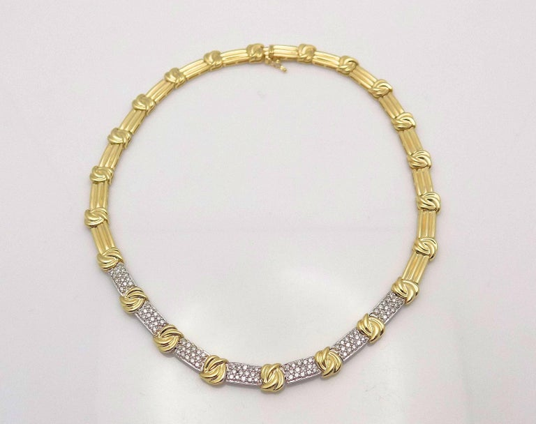 Round Cut Gold and Diamond Pave' Necklace For Sale