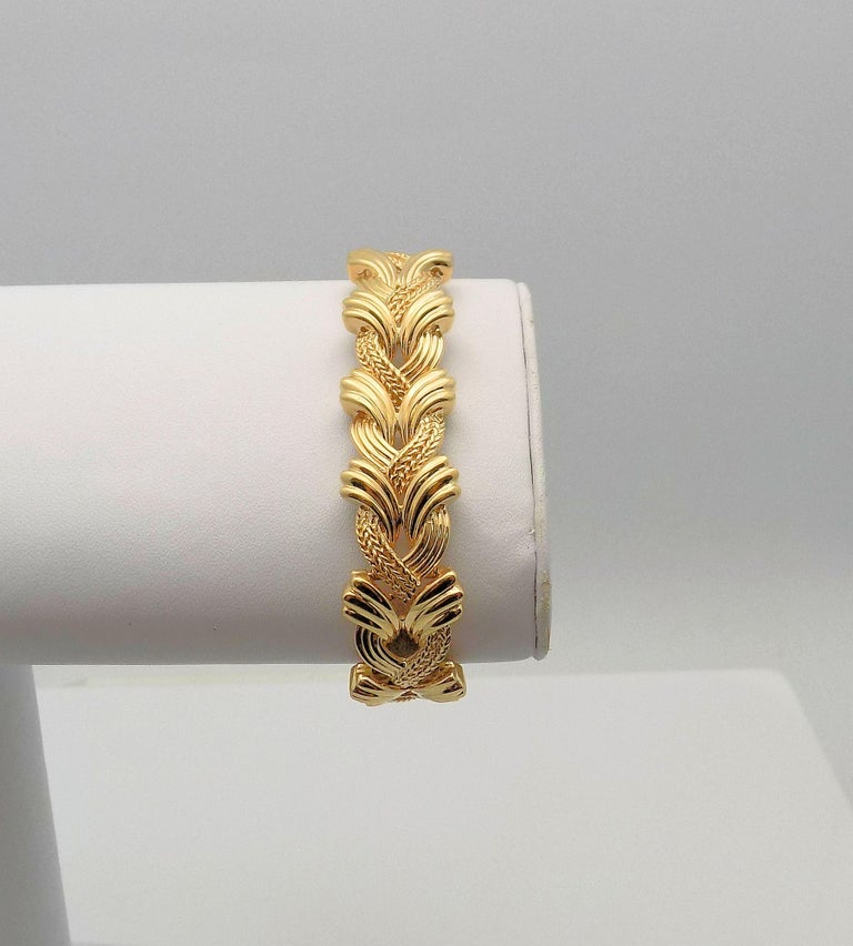 14 Karat Yellow Gold Woven Link Bracelet In New Condition For Sale In Dallas, TX