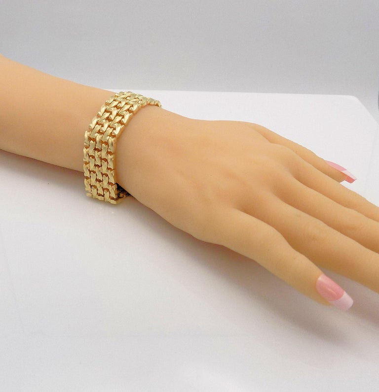14 Karat Yellow Gold Five-Row Line Bracelet For Sale 2