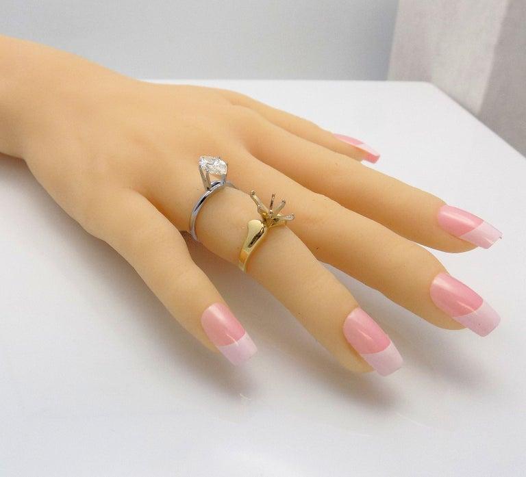Women's GIA Certified 1.43 Carat Marquis Cut Diamond For Sale