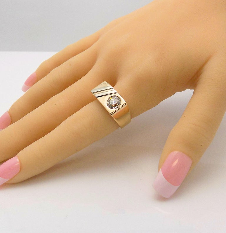 Gent's Diamond Ring In Good Condition For Sale In Dallas, TX