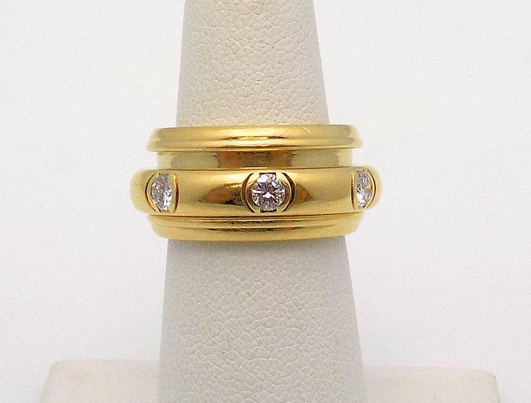 18 Karat Yellow Gold Diamond Band by Piaget, Possession Rolling Style Ring For Sale 1