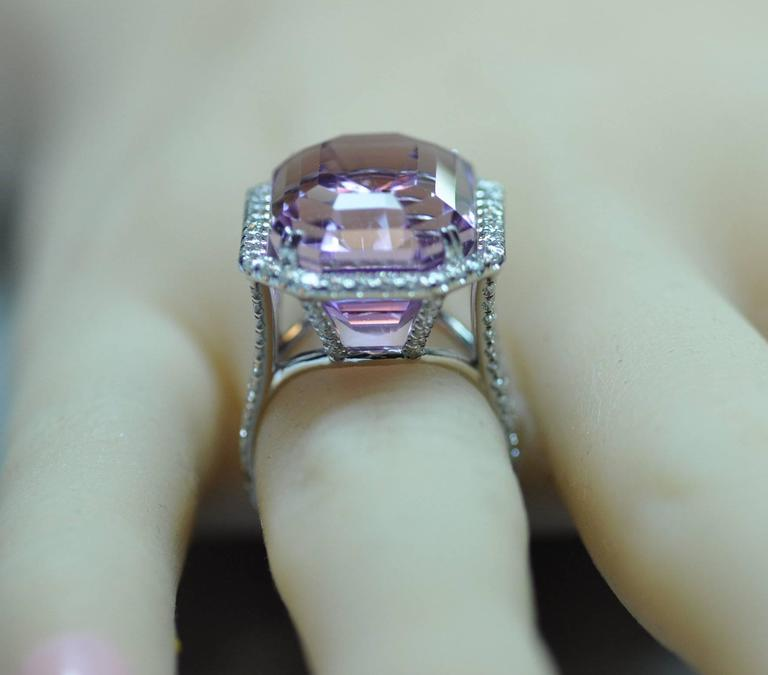 25.50 Carat Kunzite Diamond White Gold Ring 4
