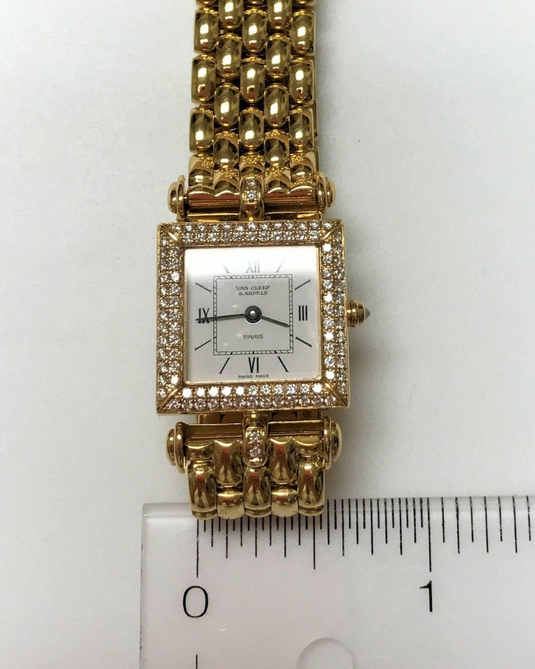 Van Cleef & Arpels Ladies Yellow Gold Diamond Classique Quartz Wristwatch For Sale 3