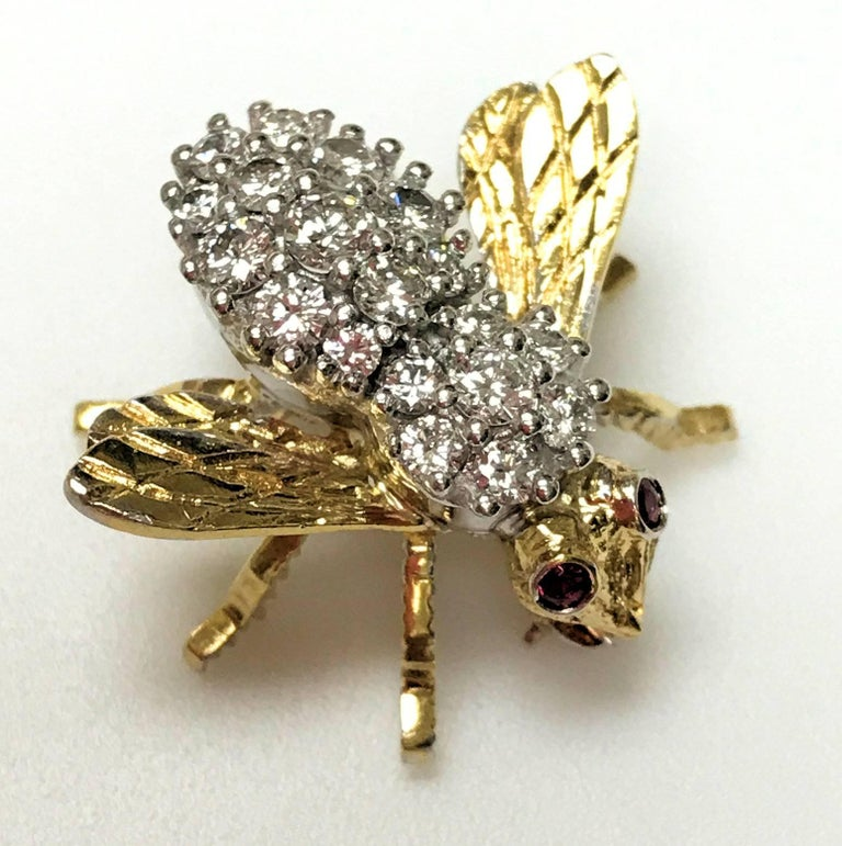 No one made these like Herbert Rosenthal.  His bees have attitude, sculpted in three dimensions and set with gemstones, everything from a few diamonds to completely covered in diamonds and other gemstones.  Some ladies were known for wearing