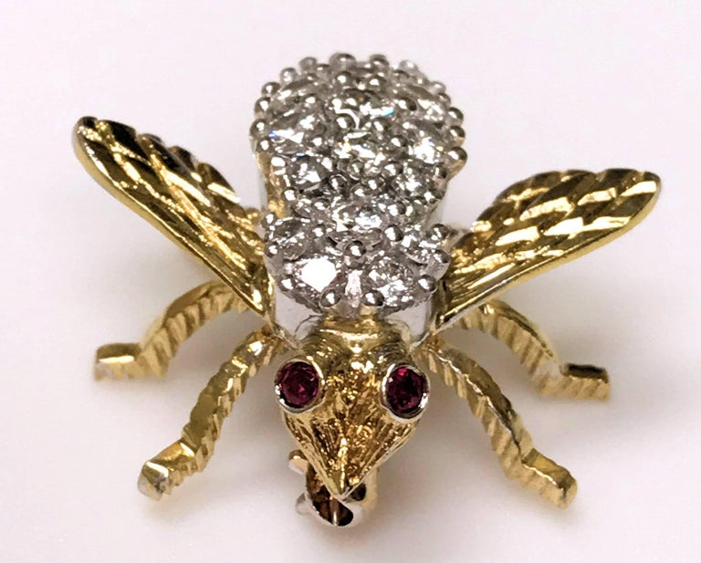 Herbert Rosenthal 18 Karat Diamond and Ruby Bee Pin In Excellent Condition For Sale In Dallas, TX