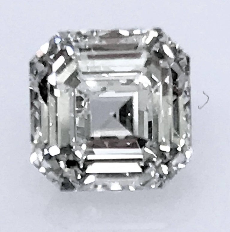 Square Emerald Cut Asscher Diamond 1.02 Carat GIA VVS-1, G 3