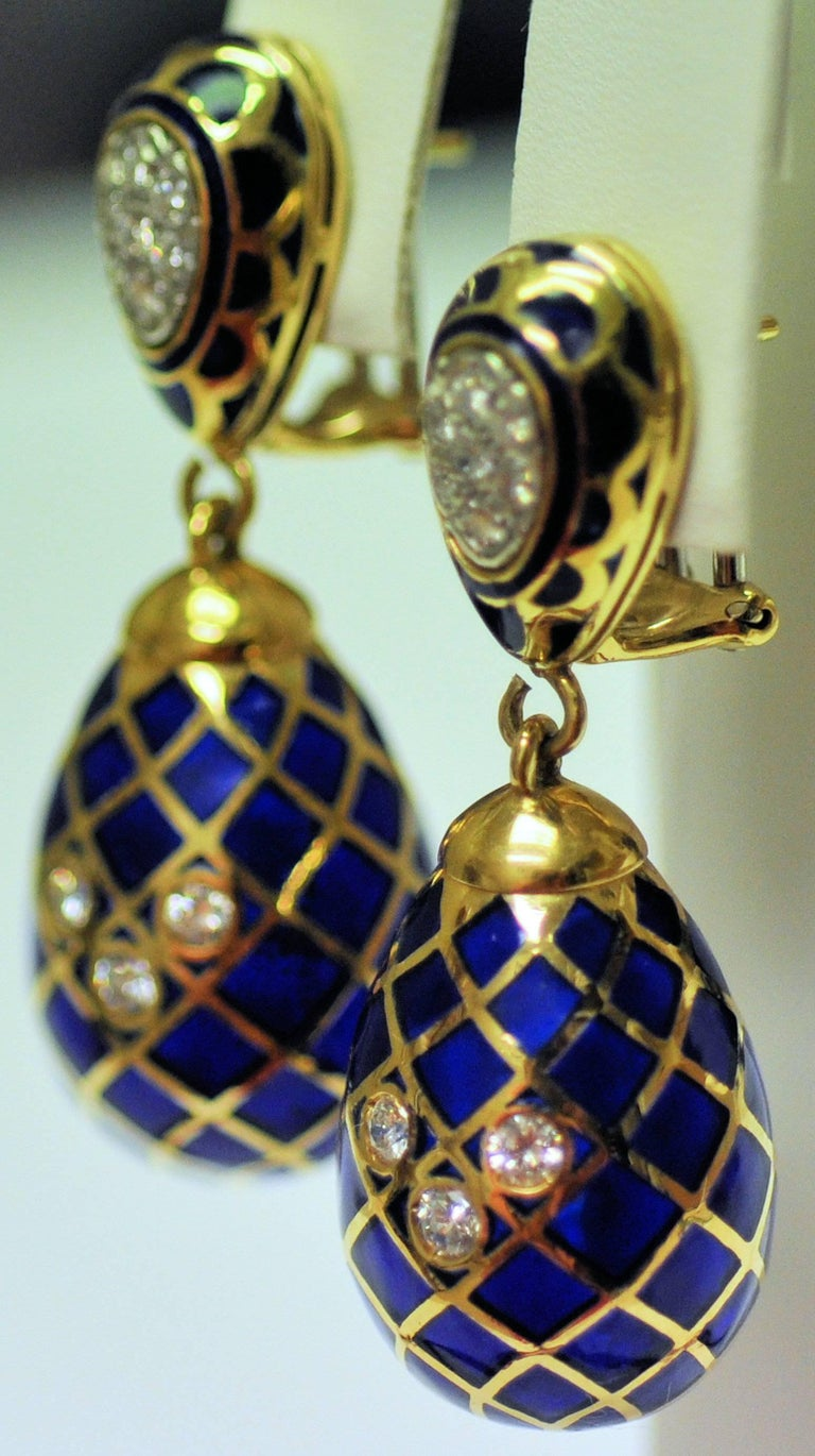 Round Cut 18 Karat Yellow Gold, Cobalt Blue Enamel and Diamond Pendant Drop Earrings For Sale