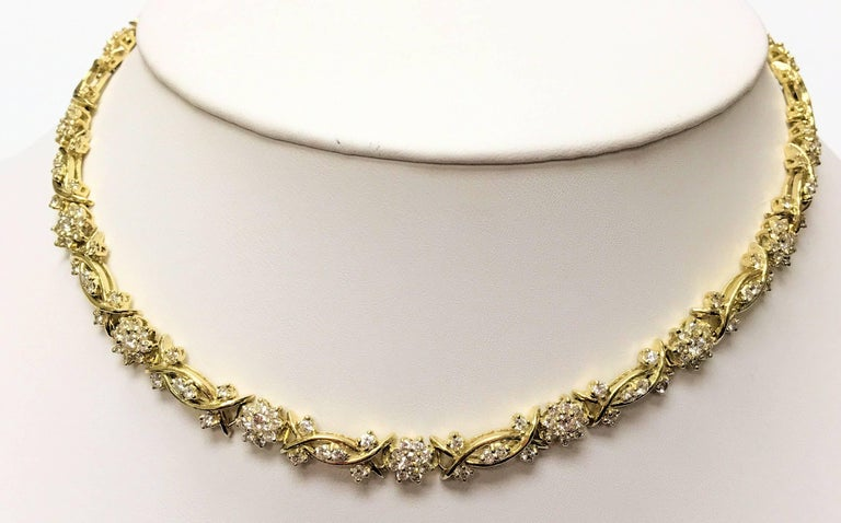 Yellow Gold and Diamond Necklace, Fleurette Design In Excellent Condition For Sale In Dallas, TX
