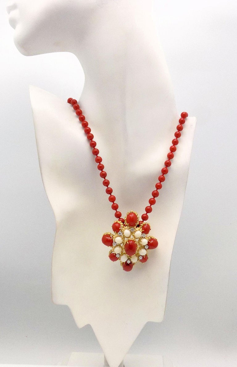 18 Karat Gold, Coral and Diamond Brooch-Pendant For Sale 1