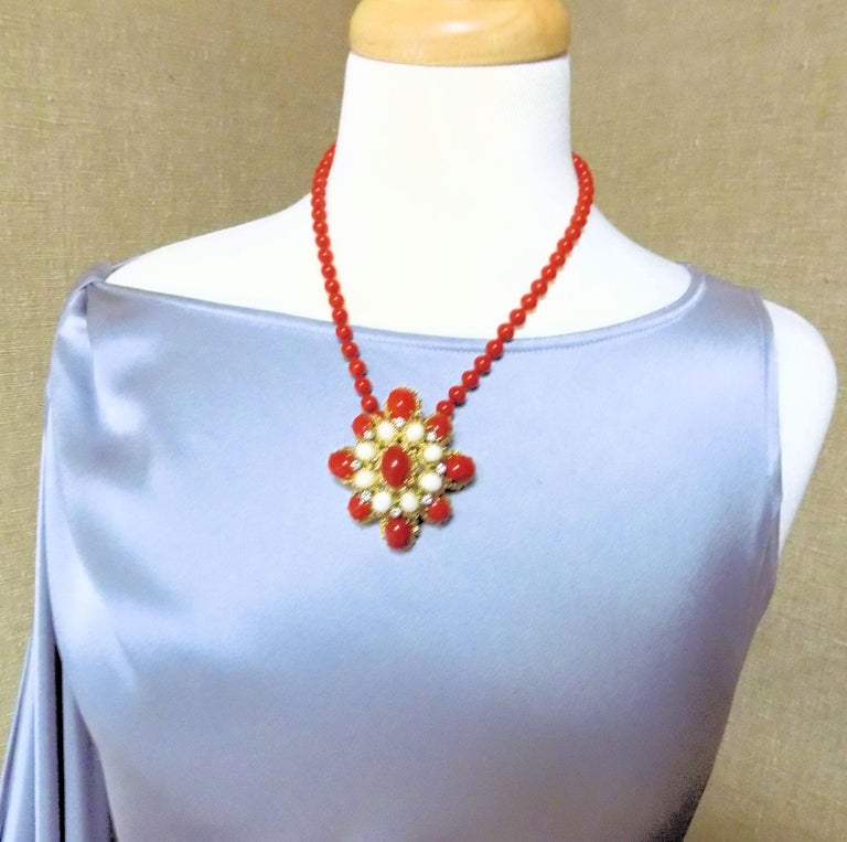18 Karat Gold, Coral and Diamond Brooch-Pendant For Sale 2