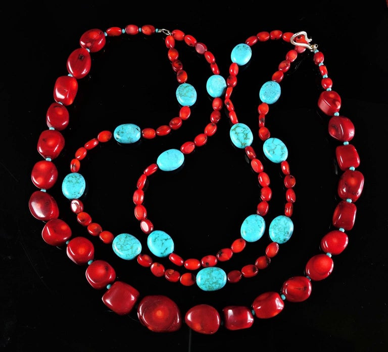 Statement Coral and Turquoise Triple Strand Necklace For Sale 2