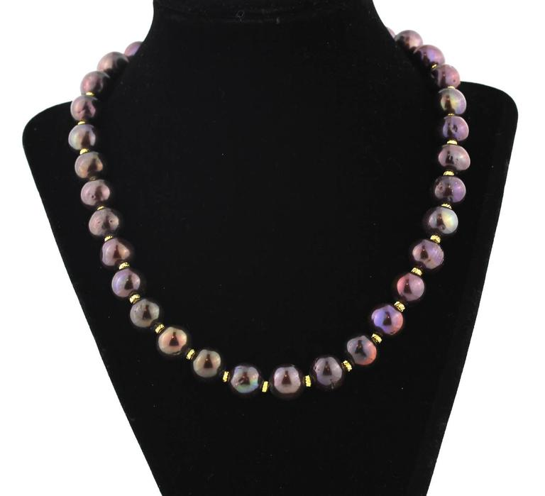 Chocolaty Wine-colored Pearl Necklace In Excellent Condition For Sale In TUXEDO PARK, NY