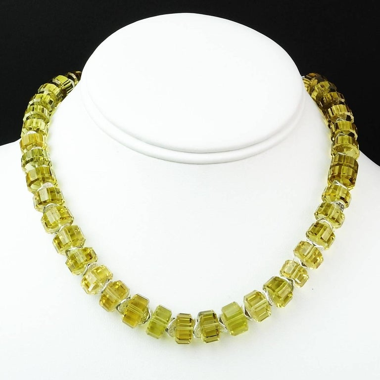 Choker Necklace of Fancy Cut Citrine Rondels with Sterling Silver Clasp In New Condition For Sale In TUXEDO PARK, NY