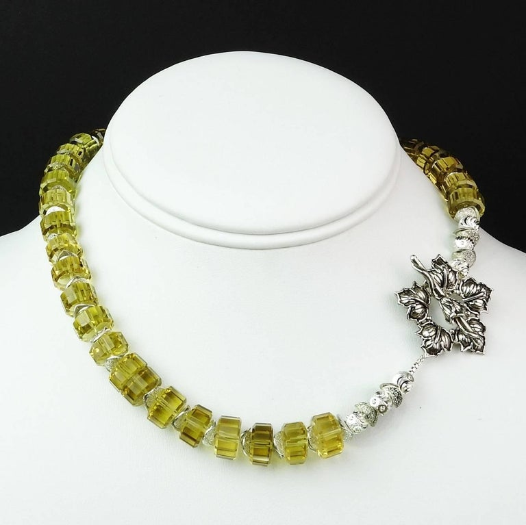 Choker Necklace of Fancy Cut Citrine Rondels with Sterling Silver Clasp For Sale 2