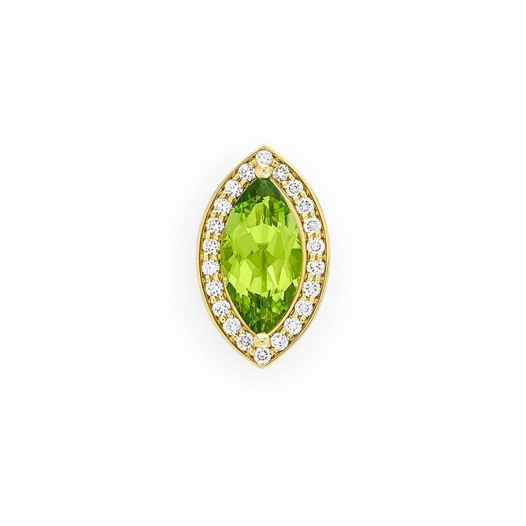 2.4 Carat Green Péridot 0.10 Carat Pavé-Set Diamonds 18 Karat Gold Earrings 6