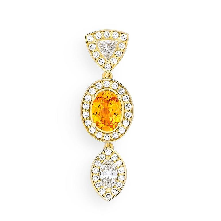 Yellow Gold Pave Set White Diamond Marquise Trillion Orange Garnets Earrings In As new Condition For Sale In Amsterdam, NL