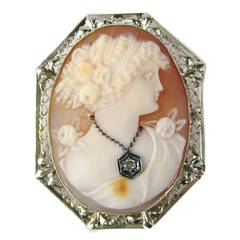 Diamond Gold Fine Lady Cameo Pendant / Brooch