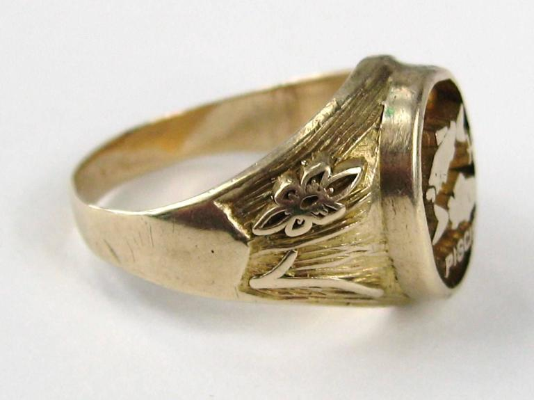 Spanish Pisces Astrology Gold Ring  3