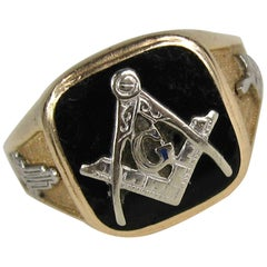 1950s Onyx Gold Masonic Ring Square and Compass