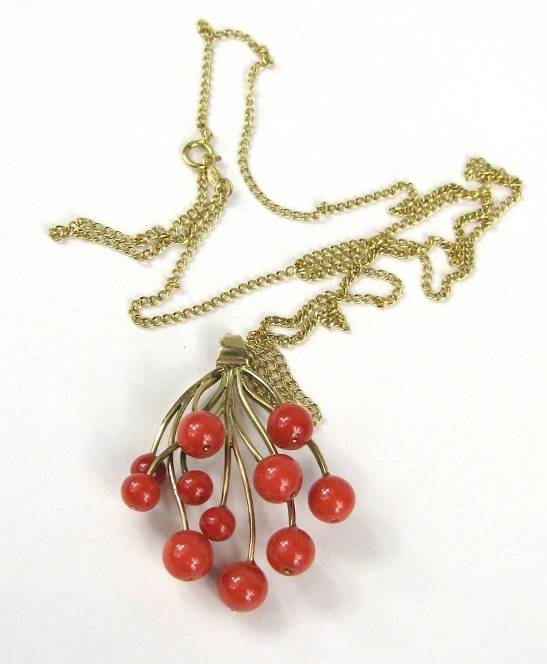 Stunning Free-Form Red Coral Gold Necklace Pendant 3