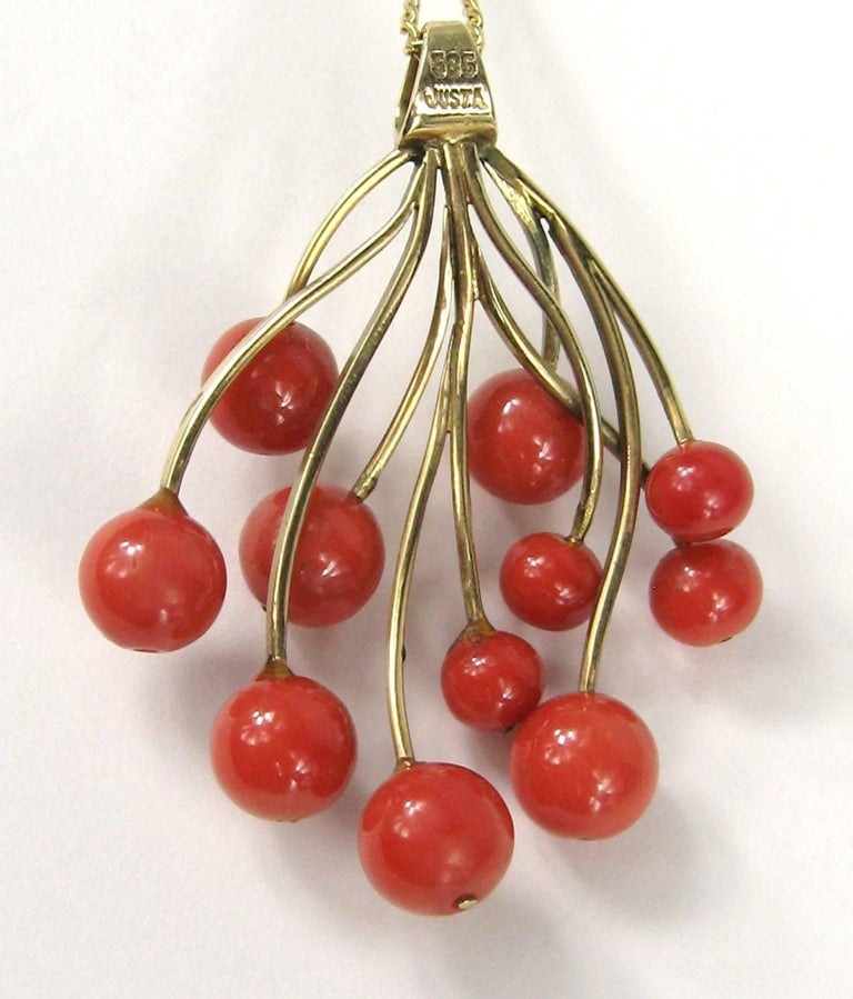 Women's Stunning Free-Form Red Coral Gold Necklace Pendant For Sale