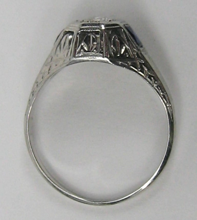 Diamond 14 Karat White Gold Ring 1920s Art Deco In Good Condition For Sale In Wallkill, NY