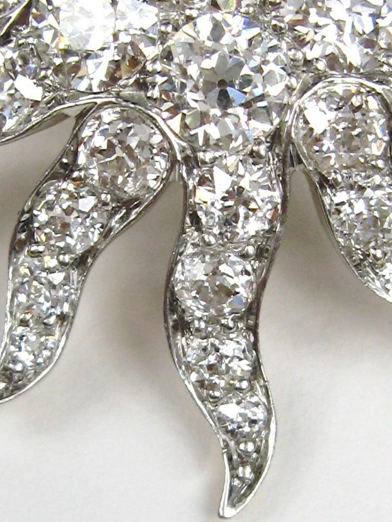 Antique Gold Platinum 8.68 Carat Diamond Convertible Pendant / Brooch For Sale 1
