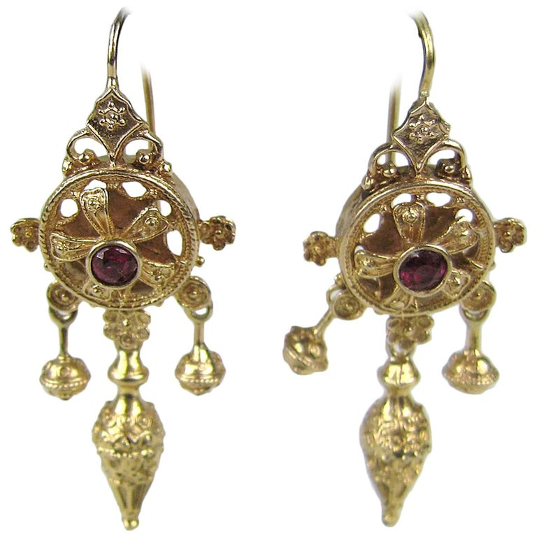 Antique Victorian 14 Karat Gold Dangle Earrings