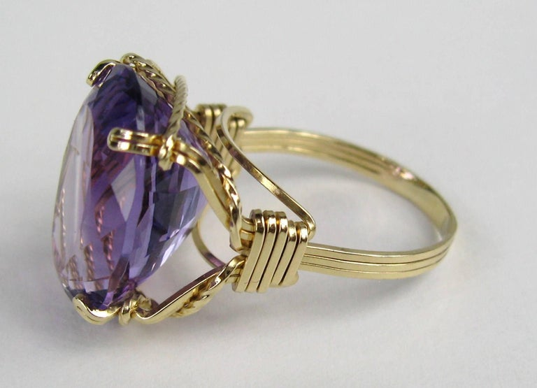 14 Karat Gold 17.25 Carat Amethyst Ring In Good Condition For Sale In Wallkill, NY