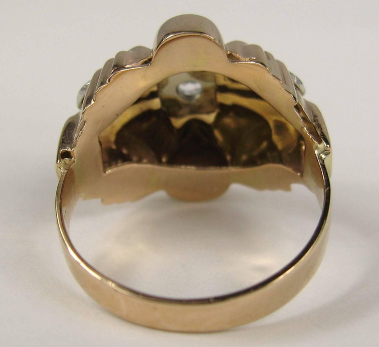 18 Karat Rose and White Gold Diamond Centre Statement Ring For Sale 1