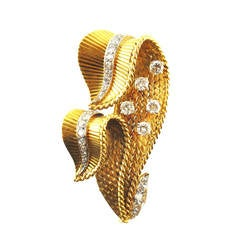 1940s Mauboussin Retro Diamond Gold Leaf Brooch