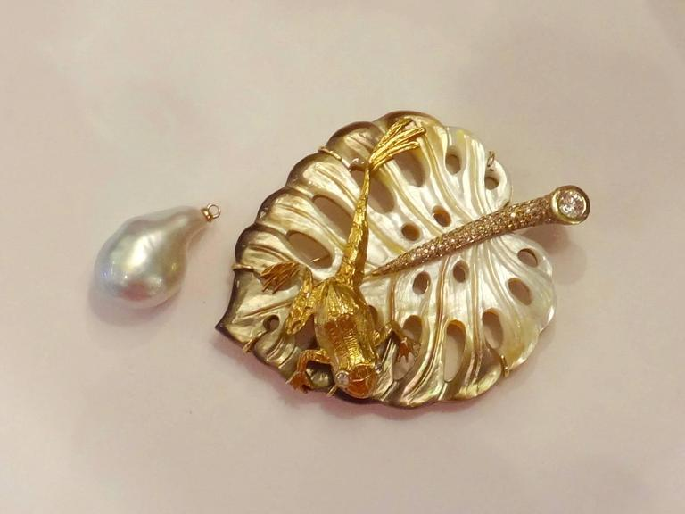 Carved Mother-of-Pearl Baroque Tahitian Pearl Diamond Frog on Leaf Pendant 3
