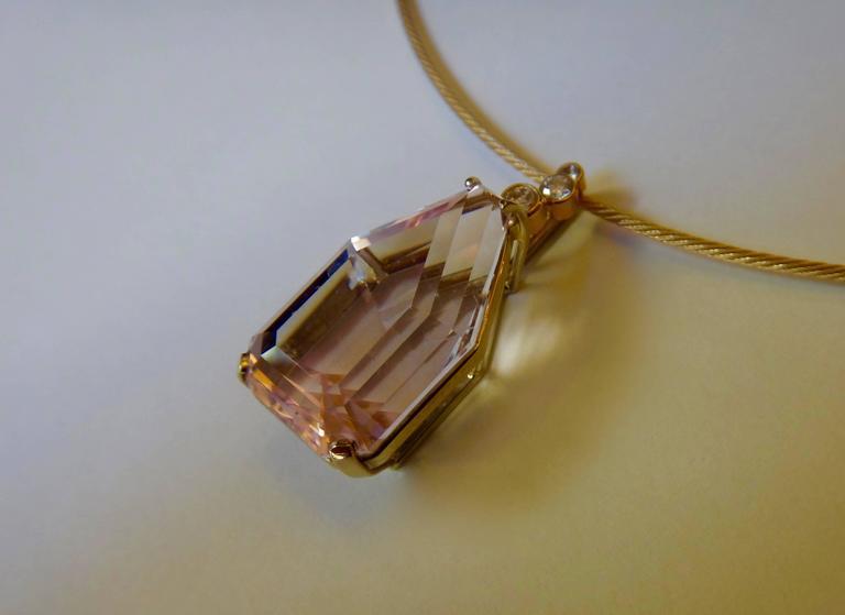 Michael Kneebone Morganite Diamond - 21.2KB