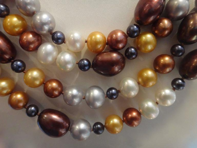 Michael Kneebone Four-Strand Multicolored Pearl Necklace In Excellent Condition For Sale In Austin, TX