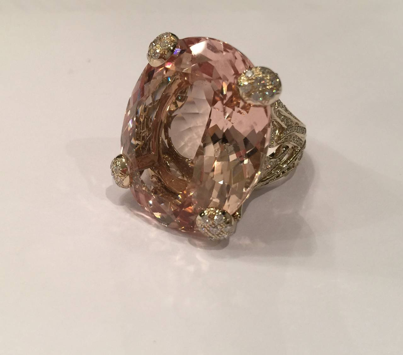 Christian Dior Beautiful Miss Dior Morganite Diamond Gold Ring In As new Condition For Sale In Paris, FR