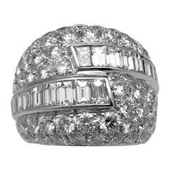 Van Cleef & Arpels Mirage Collection Baguette and Brilliant Diamonds  Ring