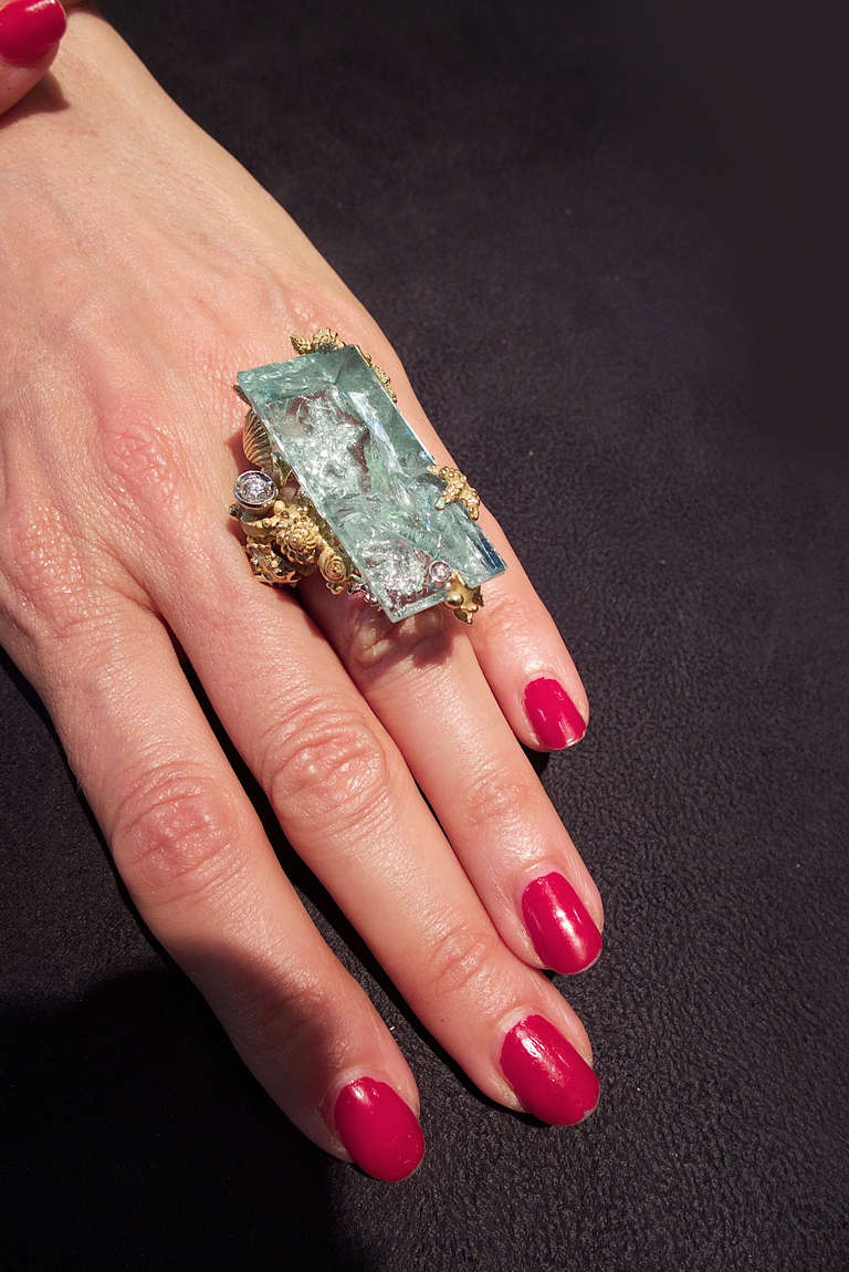 Massimo Izzo Aquamarine Diamond Yellow Gold Ring Representing Sea Life. 5