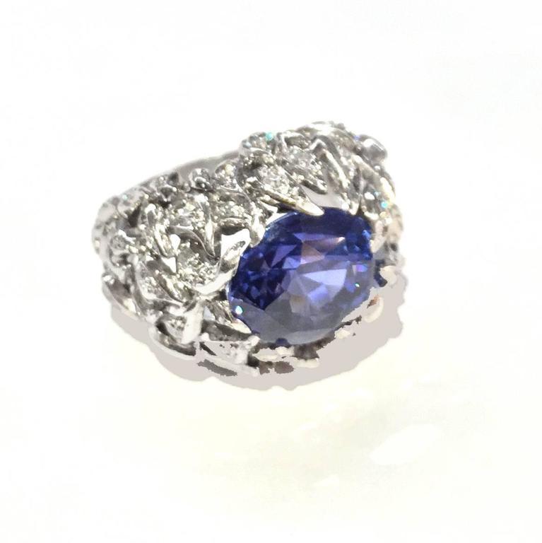 Contemporary Verdura 9 Carat Burmese Sapphire Diamond Platinum Ring For Sale
