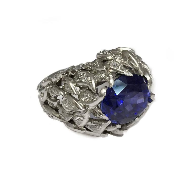 Women's Verdura 9 Carat Burmese Sapphire Diamond Platinum Ring For Sale